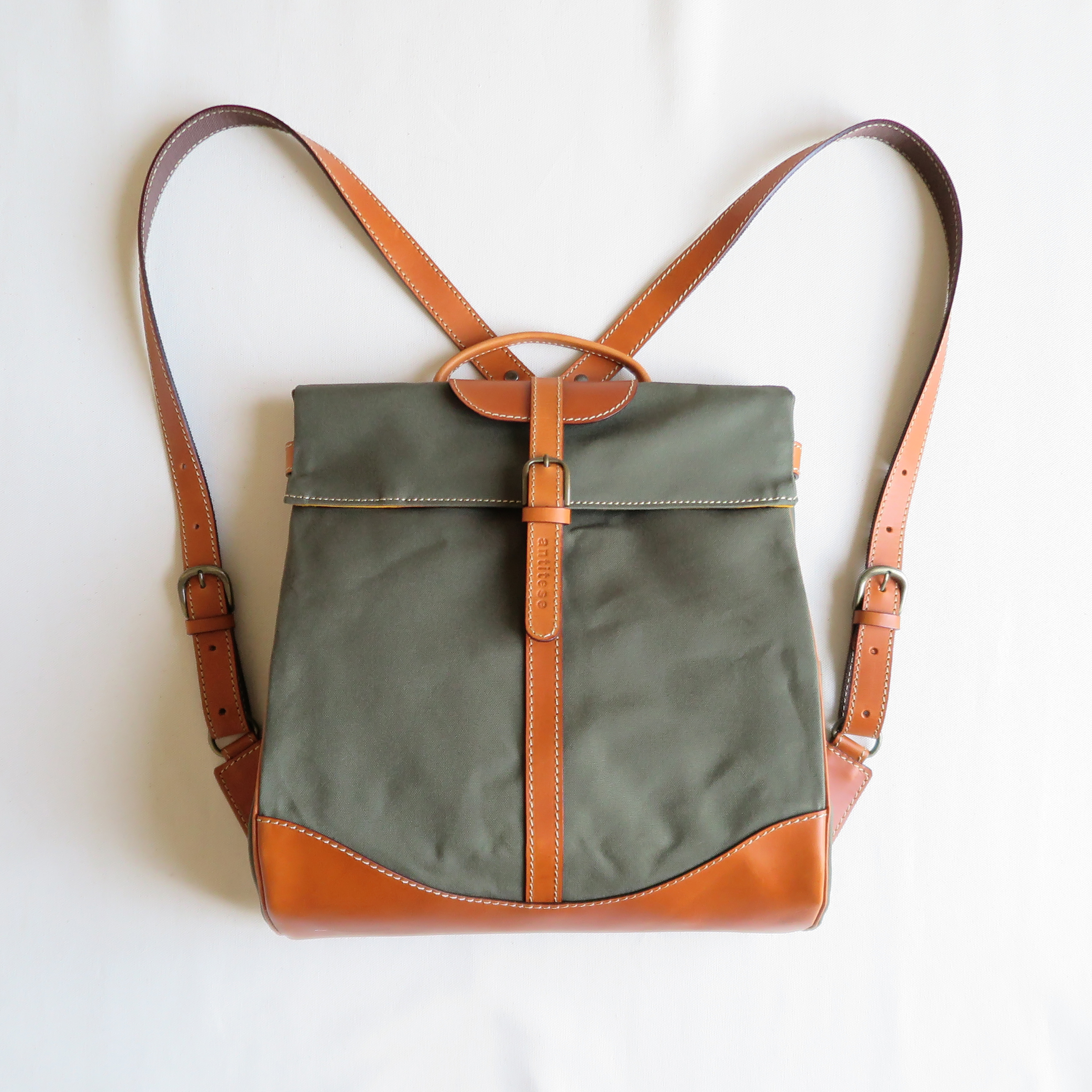Paraffin canvas back pack「Escargot」regular  OLIVE