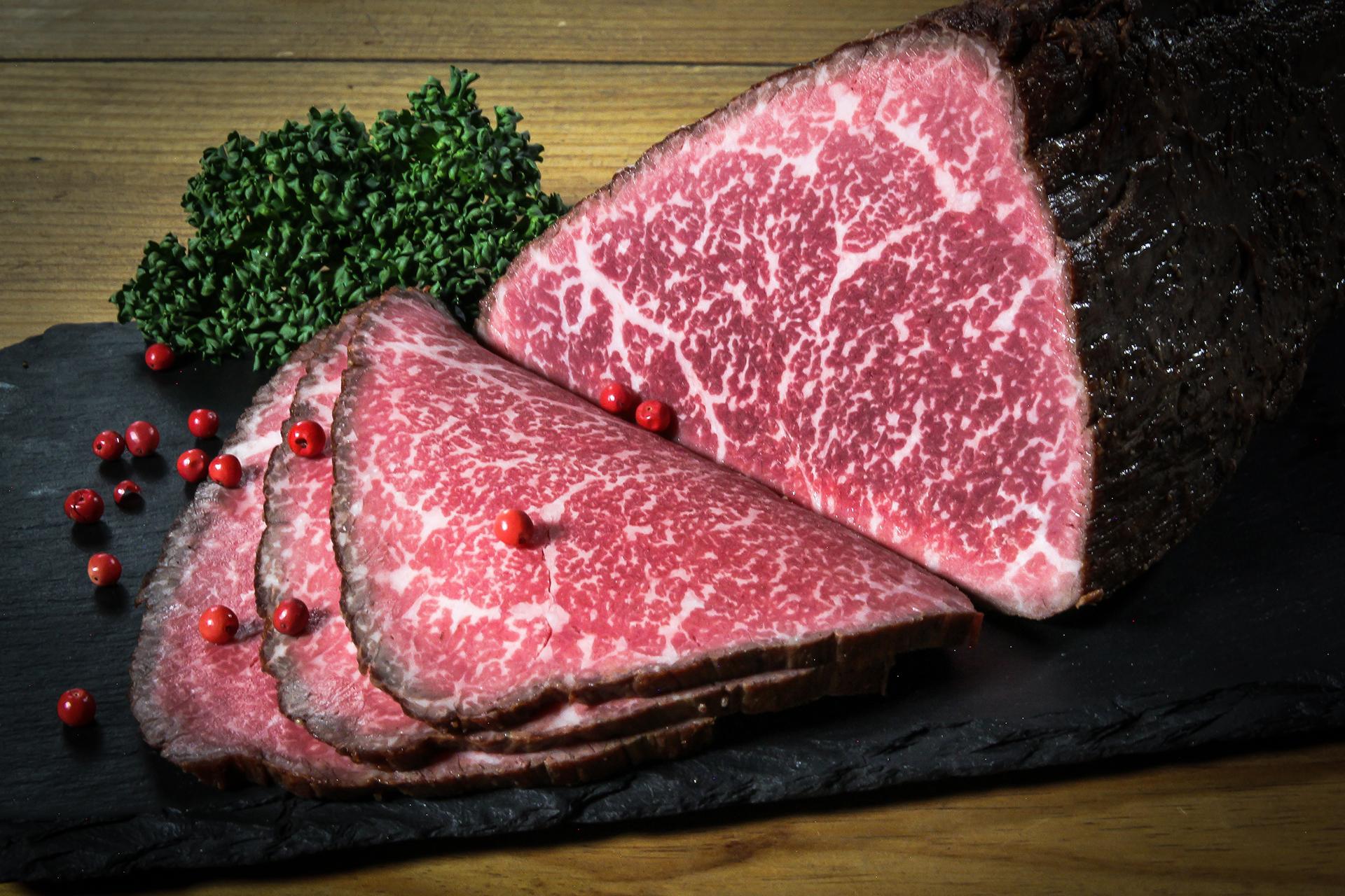 おおいた和牛 もも肉のうまみ溢れるローストビーフ300g/個 ※特製ローストビーフのたれ付
