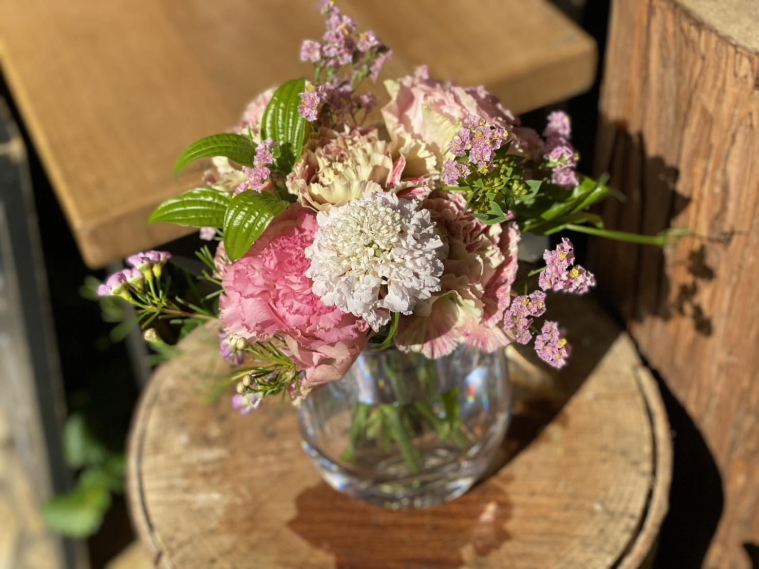 【母の日ギフト】おまかせ 花瓶とお花セット