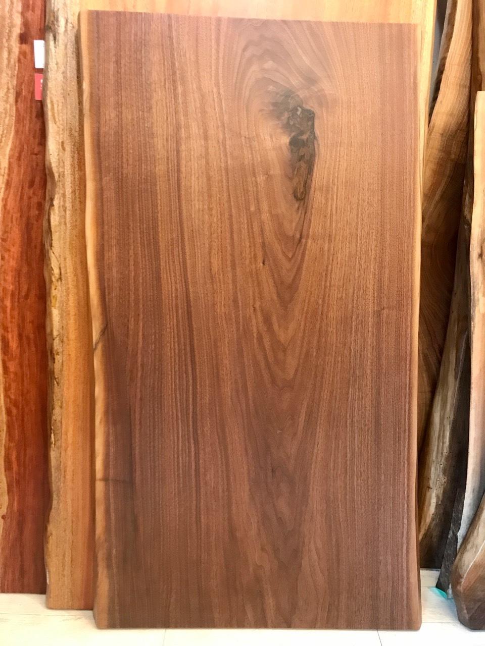 ≪浅草店≫ウォールナット 一枚板 1300×670-690-730×55