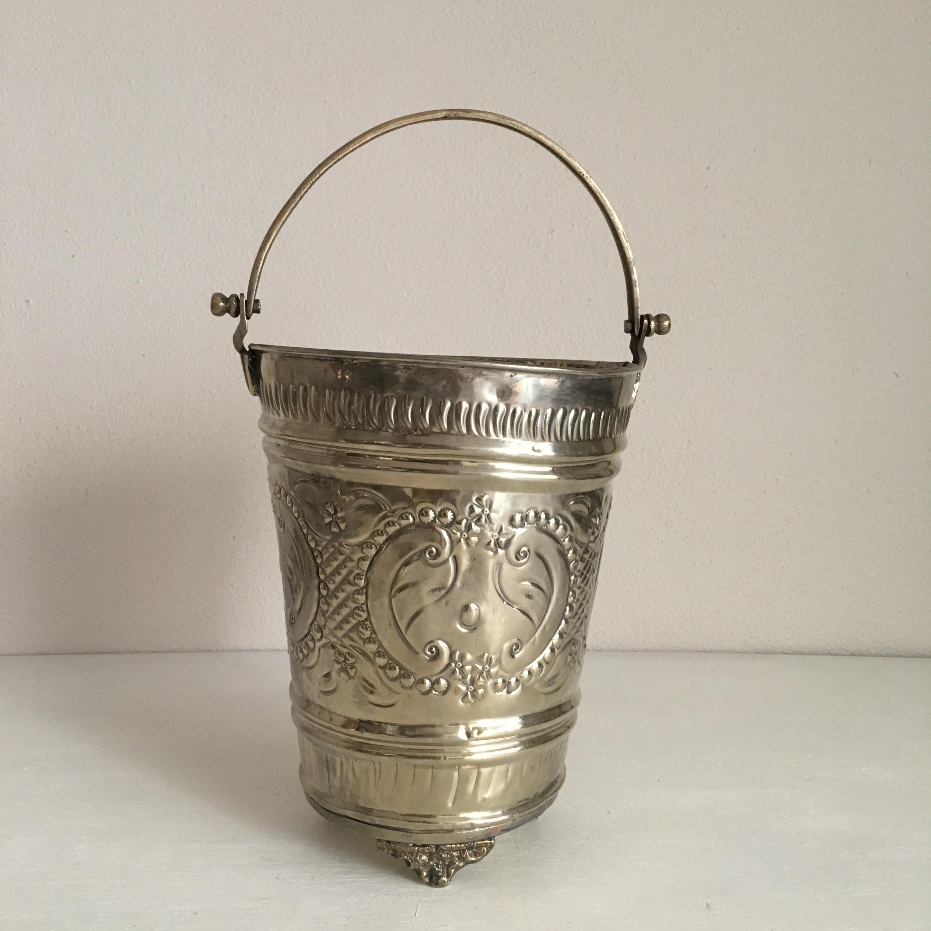 モロッコの古いハマムバケツ M+