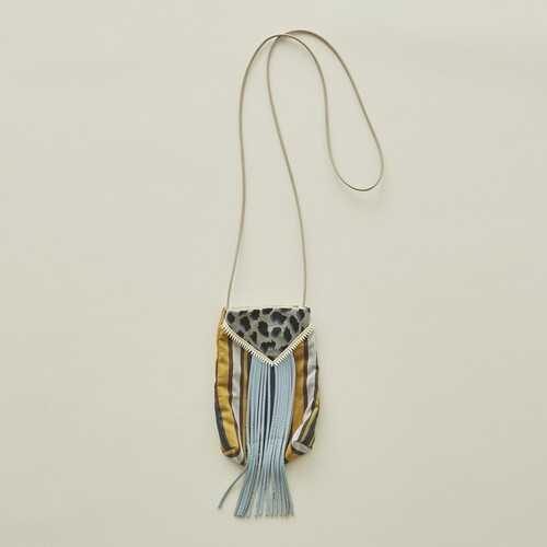 eLfinFolk エルフィンフォルク mixture pochette color:light blue fringe