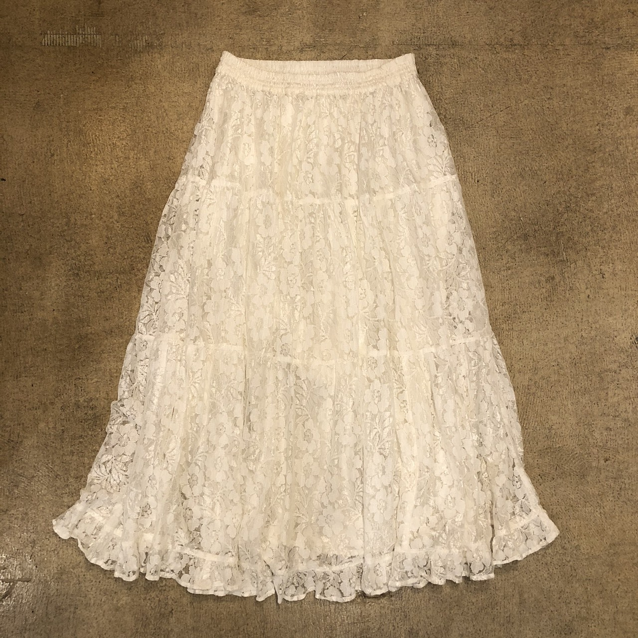 Westbound Lace Long Skirt ¥5,400+tax