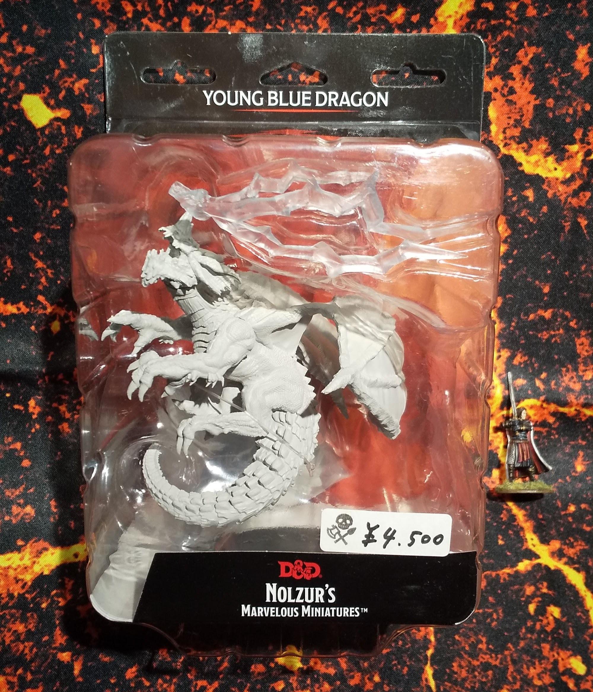 Young Blue Dragon(D&Dオフィシャルミニチュア「Nolzur's Marvelous Unpainted Miniatures」シリーズ)