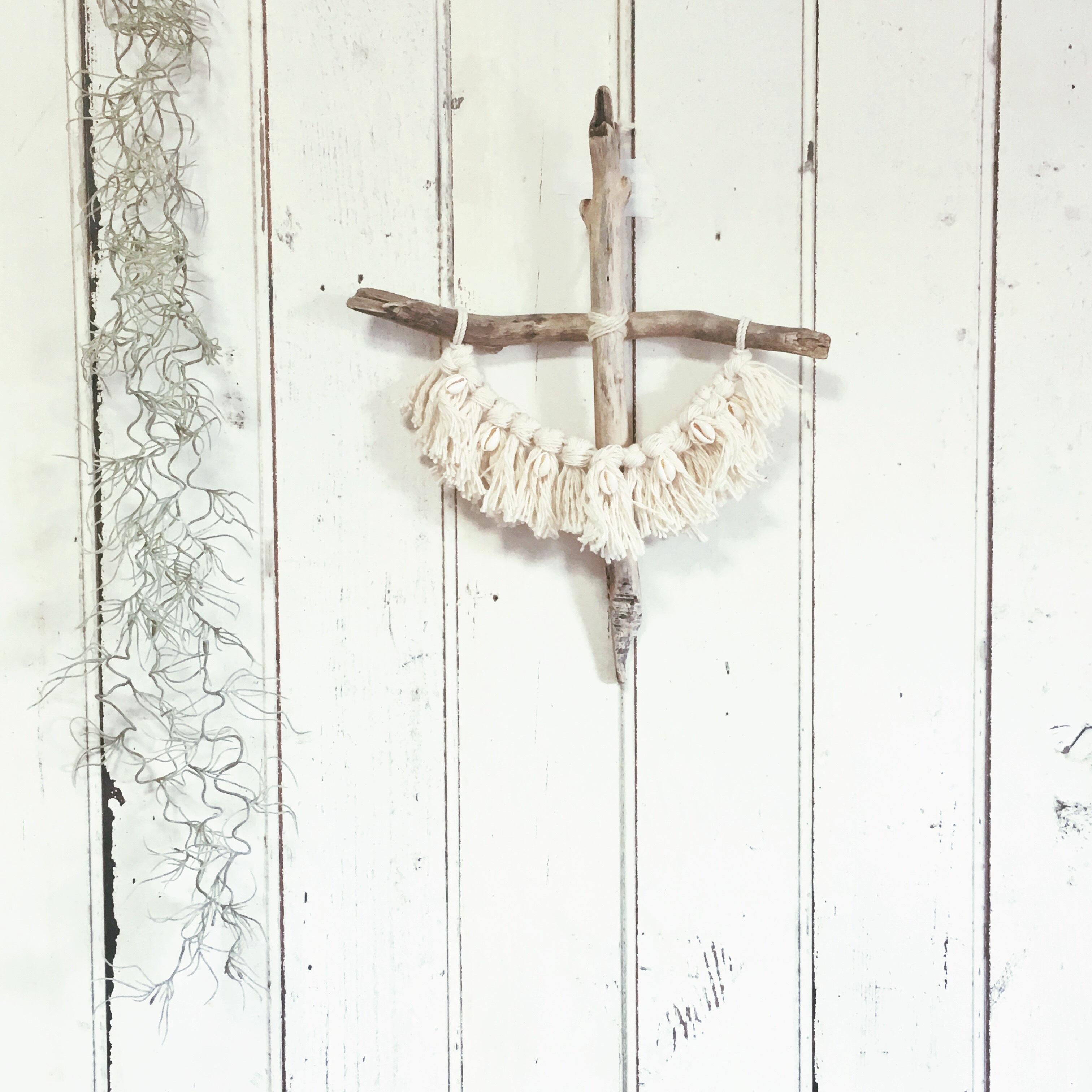 driftwood cross - shell × fringe -