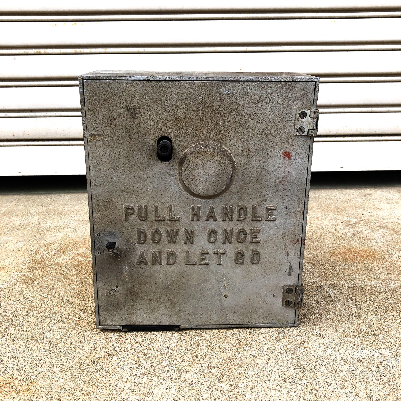品番0518 非常ベル 1950年 火災報知器 FIRE CALL ALARM BOX シルバー インテリア ディスプレイ ヴィンテージ