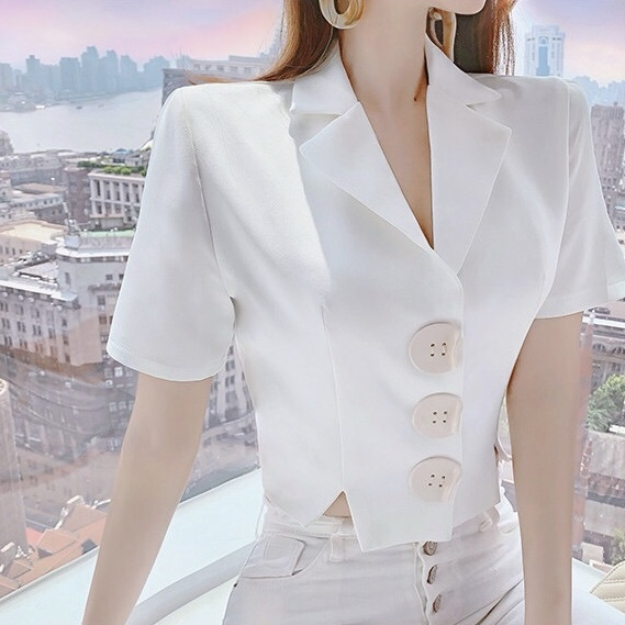 wood button white tops
