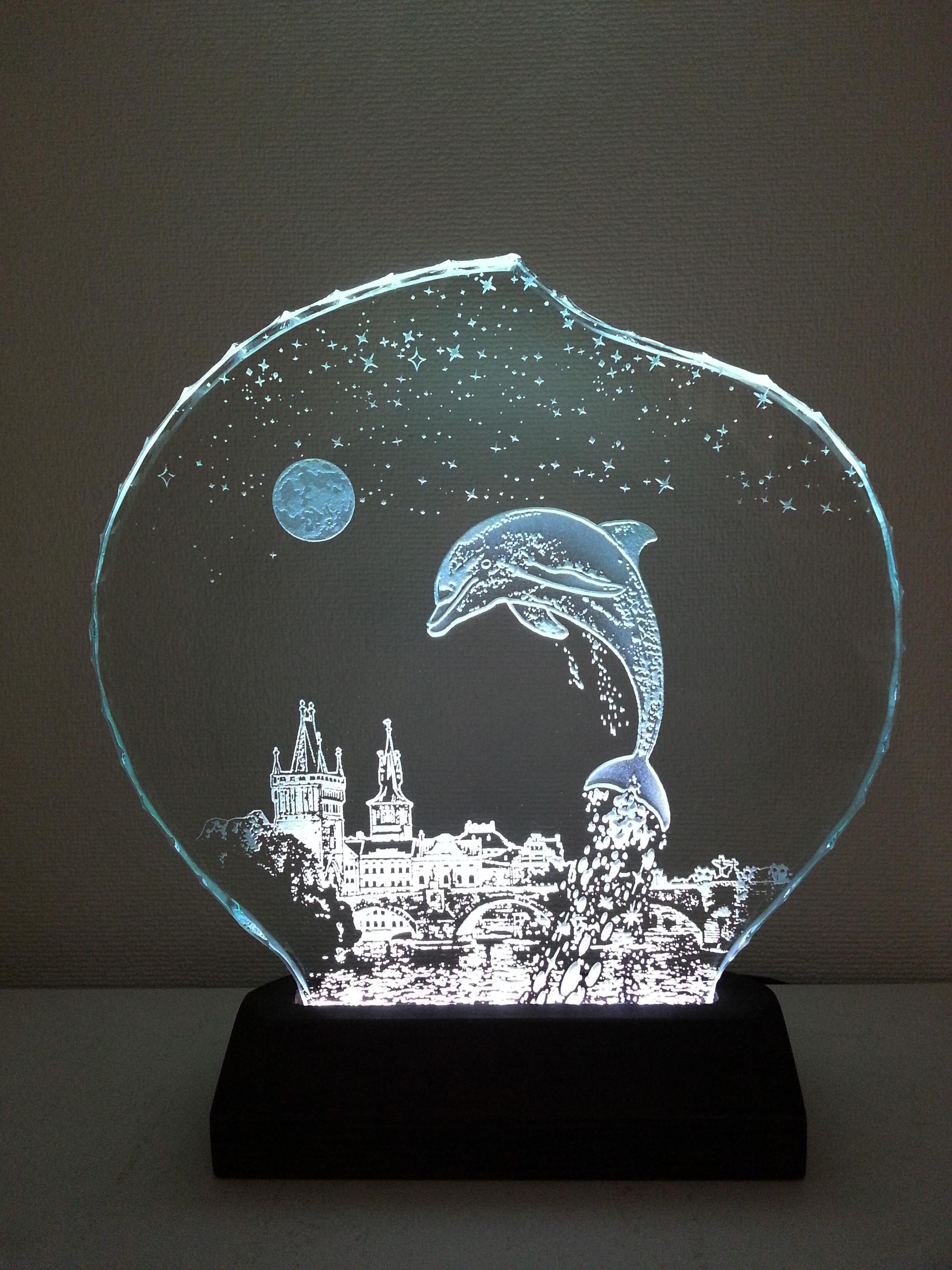 星降る夜・イルカ・プラハ ガラスエッチングパネル Mサイズ・LEDスタンドセット(ランプ・ライト・照明)