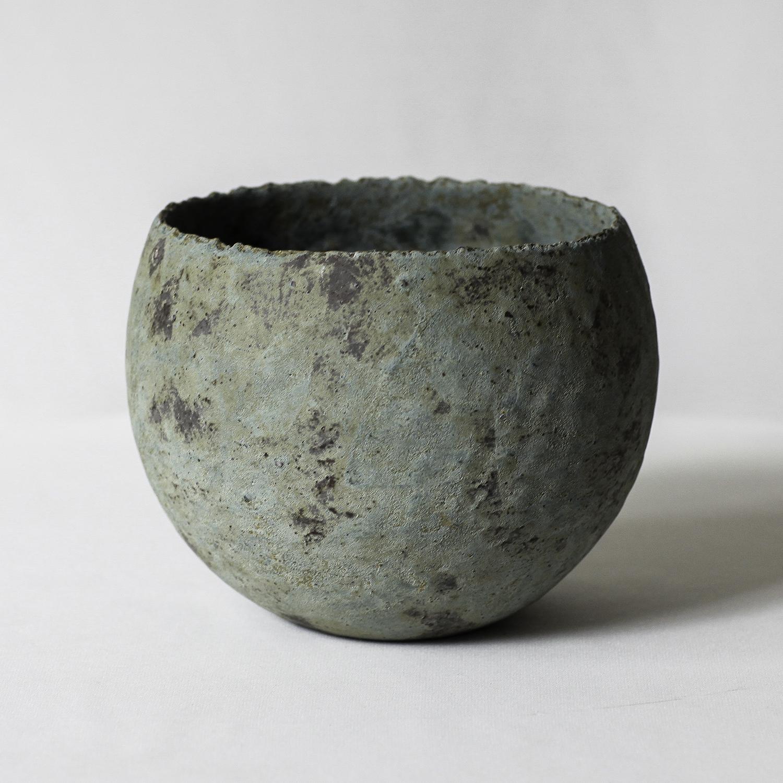 椀型青錆鉢(M)
