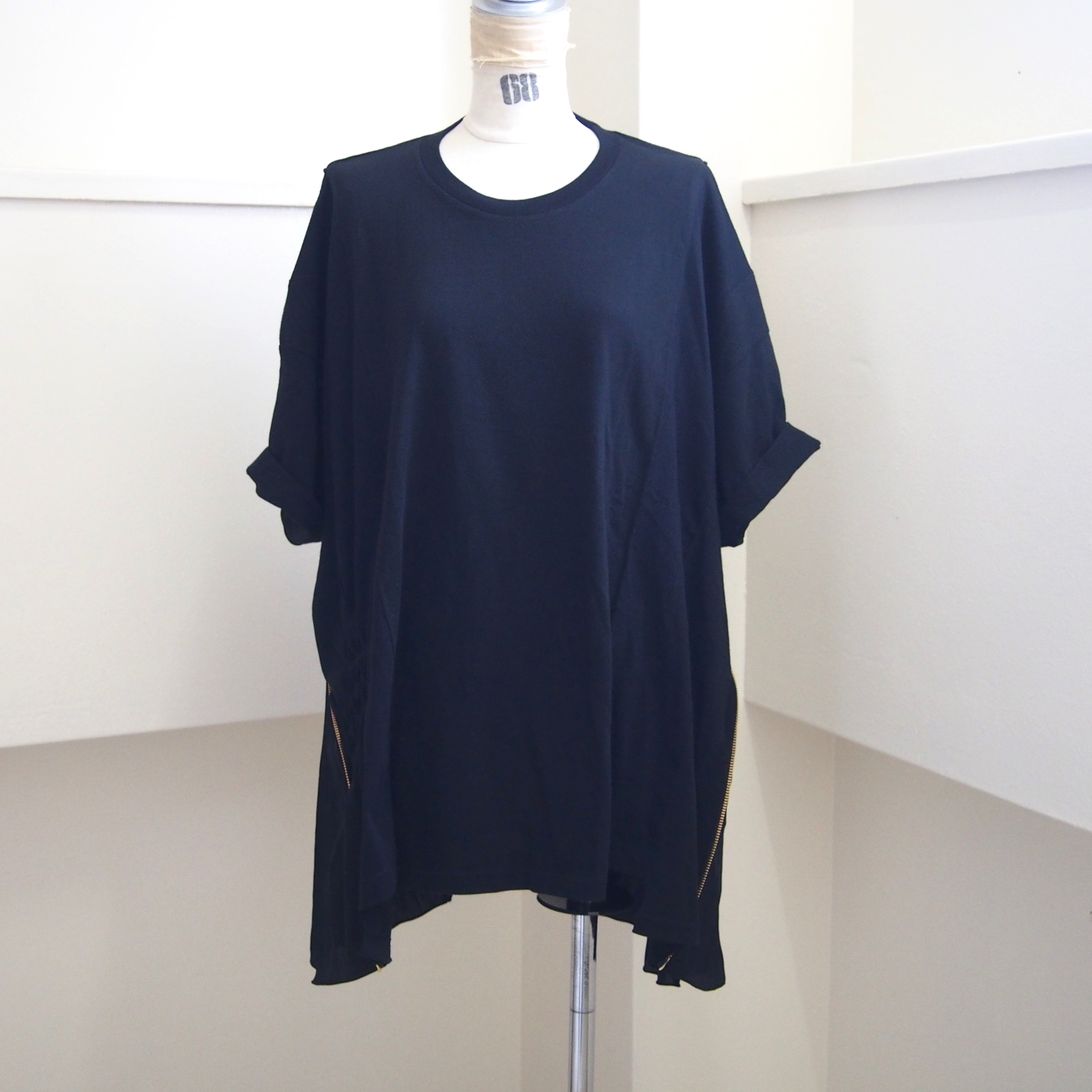 【sandglass】smocking t-shirt(Black) / 【サンドグラス】スモッキング Tシャツ(ブラック)