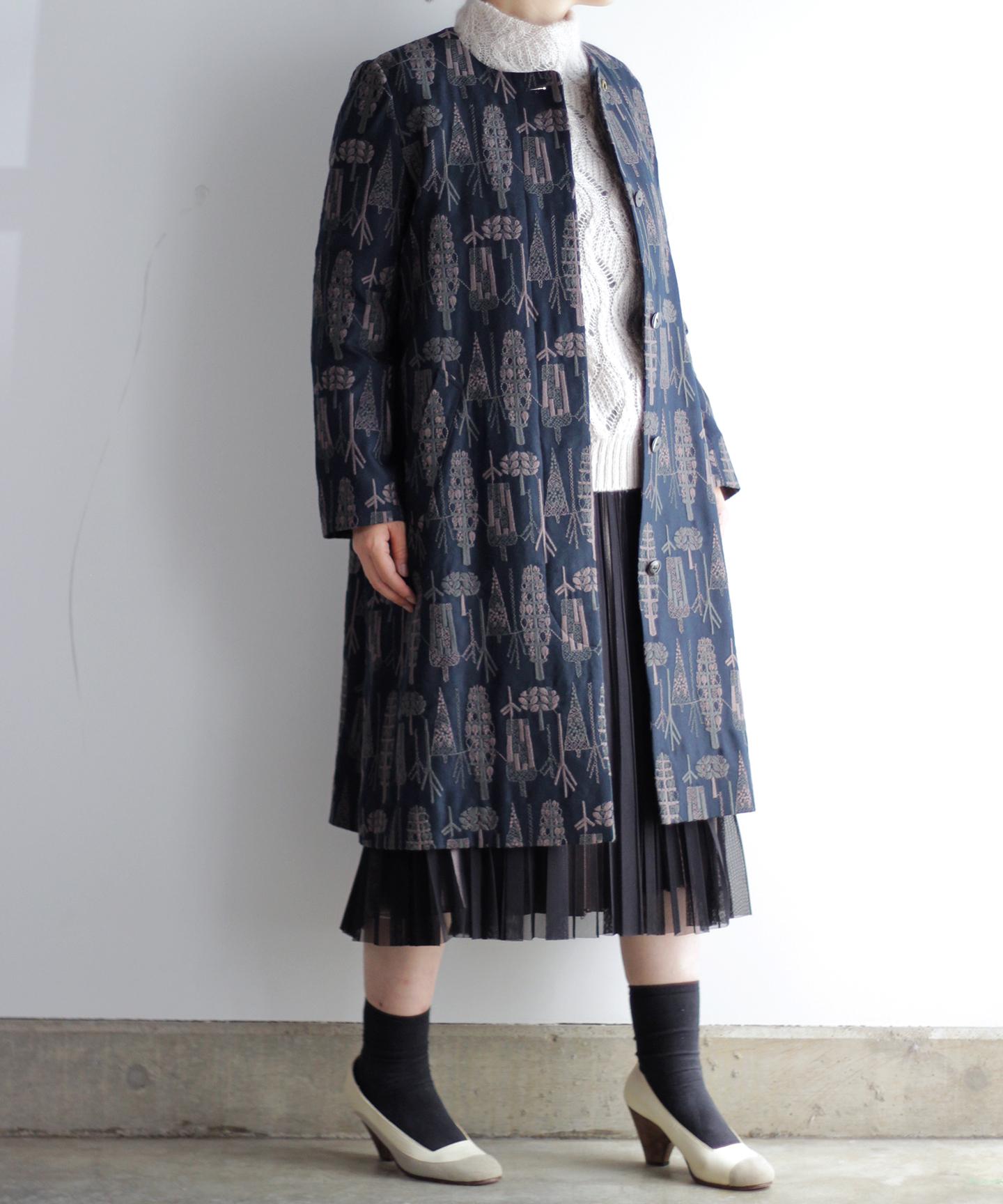 【MORI 1836】刺繍生地ノーカラーコート  (evf552  size02)