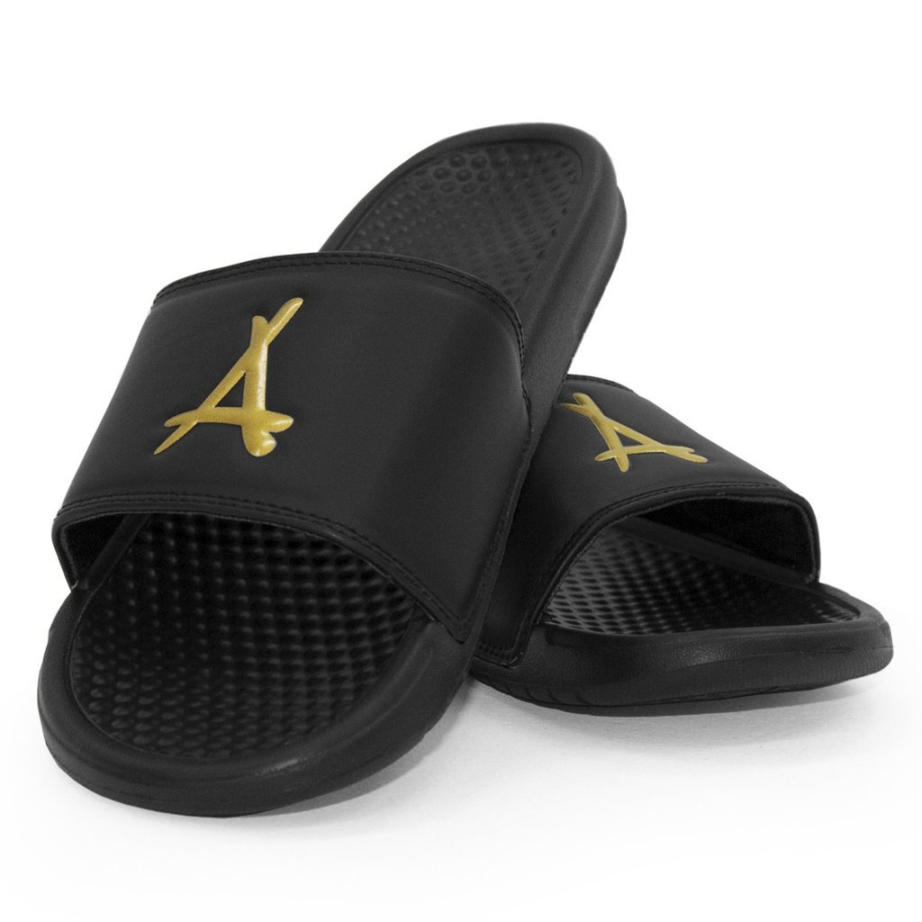 ALUMNI SLIDES (BLACK & GOLD)