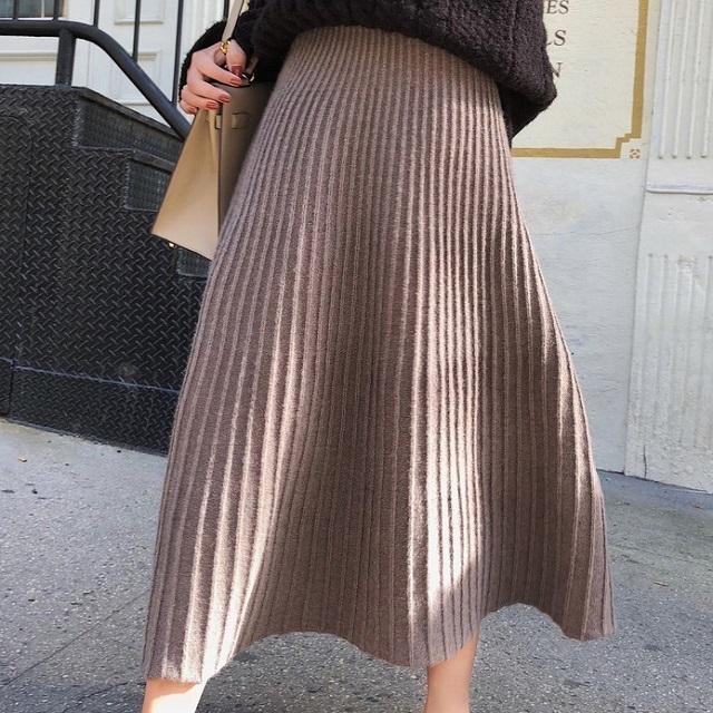 トレンド スカート ロングスカート プリーツ モノトーン 上品 エレガント 綺麗