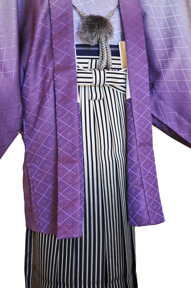 レンタル男性用pb01【紋付袴】紫ぼかし着物と黒銀ぼかし袴のフルセット[往復送料無料] - 画像4