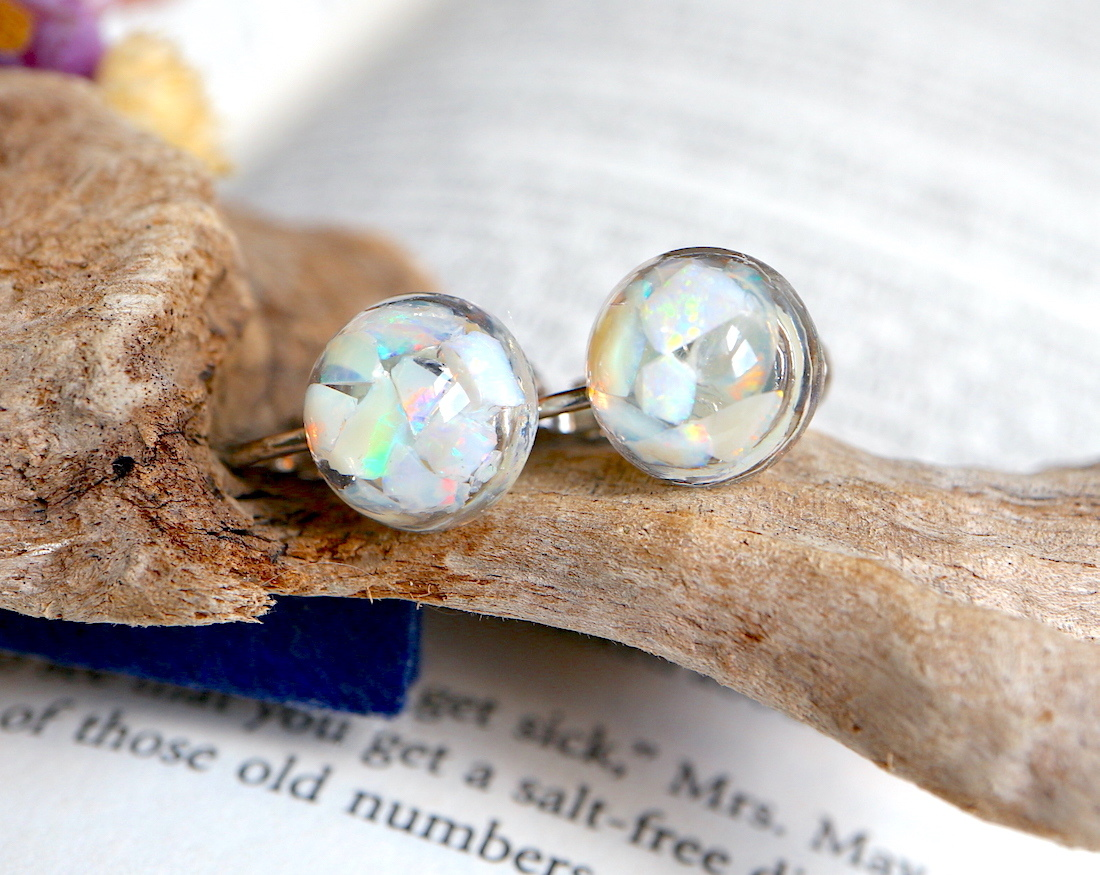 Simple Opal ♦︎ オパール ラウンド イヤリング