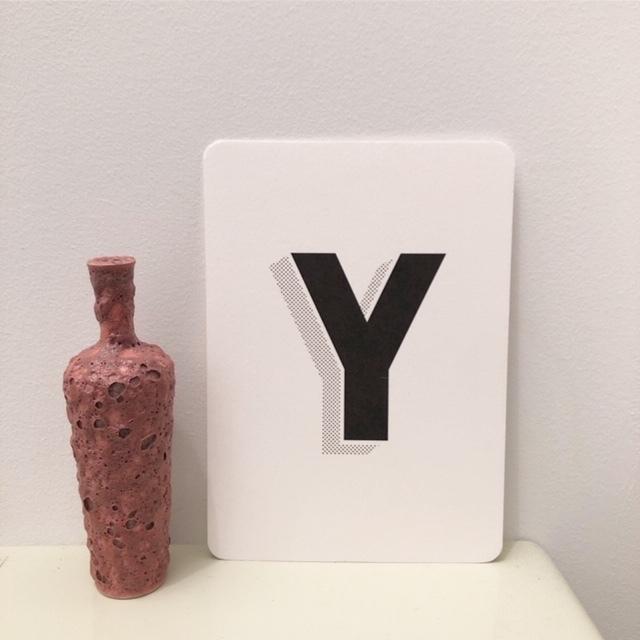 Tiny Vase H11cmの小さな花器(陶器)