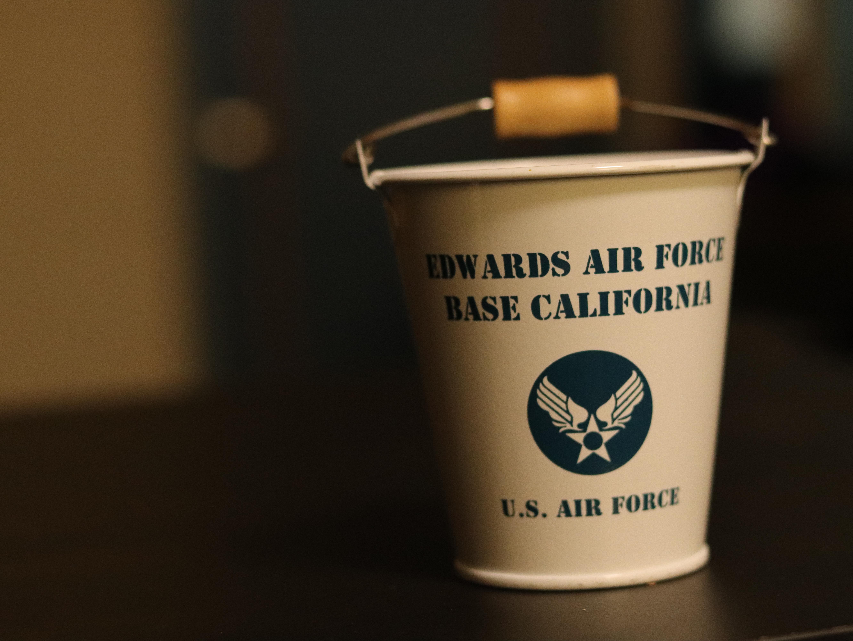 ブリキ ミニバケツ US AIR FORCE  ホワイト