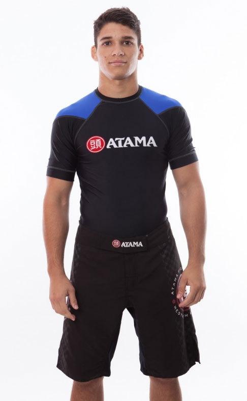 ATAMAのラッシュガード半袖 黒ベース/青