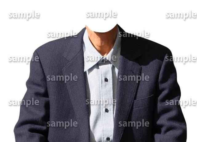 男性シニア紺色スーツ正面