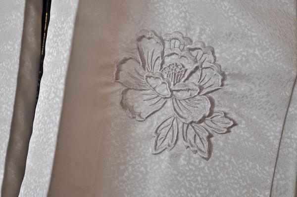 レンタル男性用shishi01【紋付袴】白地着物に牡丹刺繍の羽織と獅子の袴フルセット[往復送料無料] - 画像3