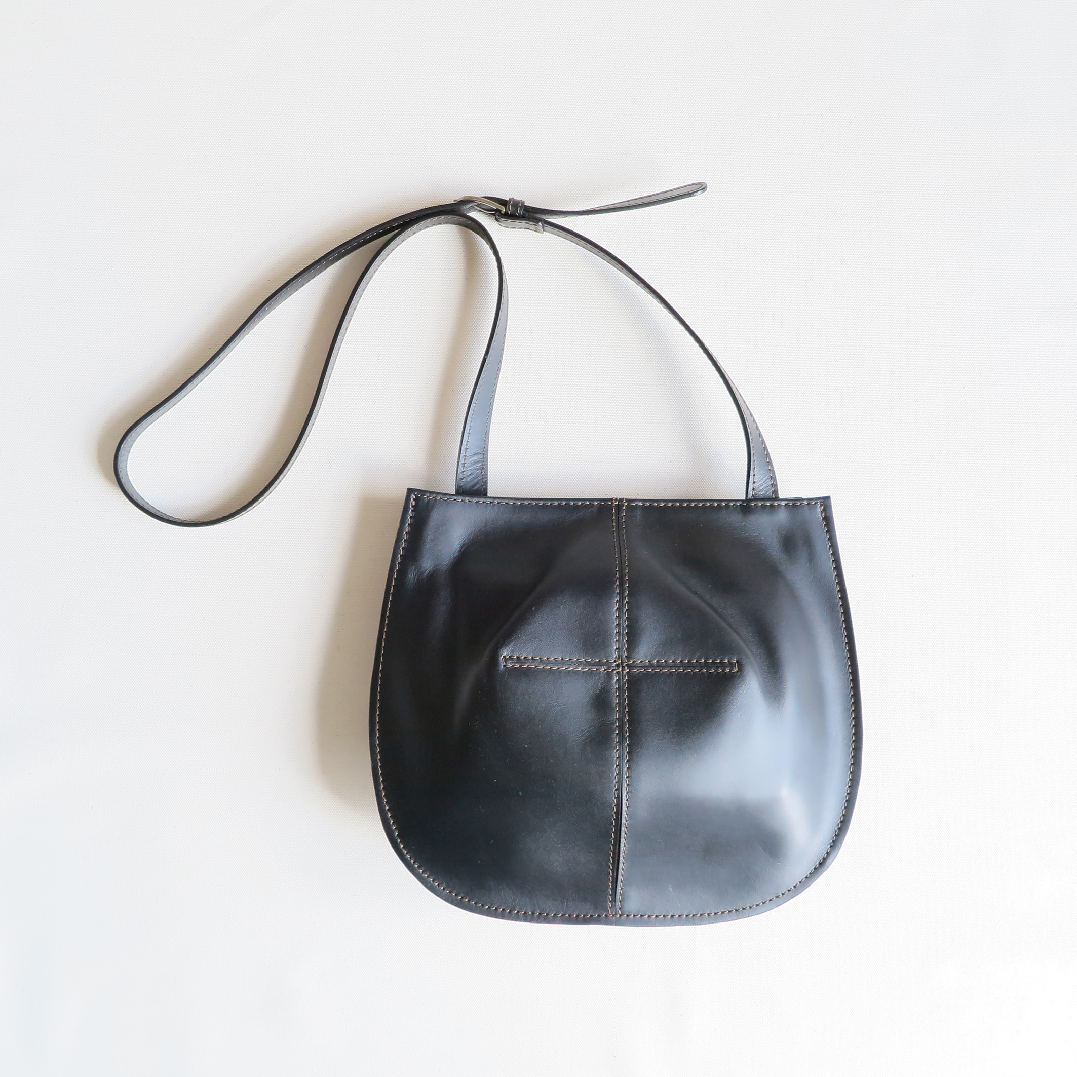 Balloon shoulder bag BLACK