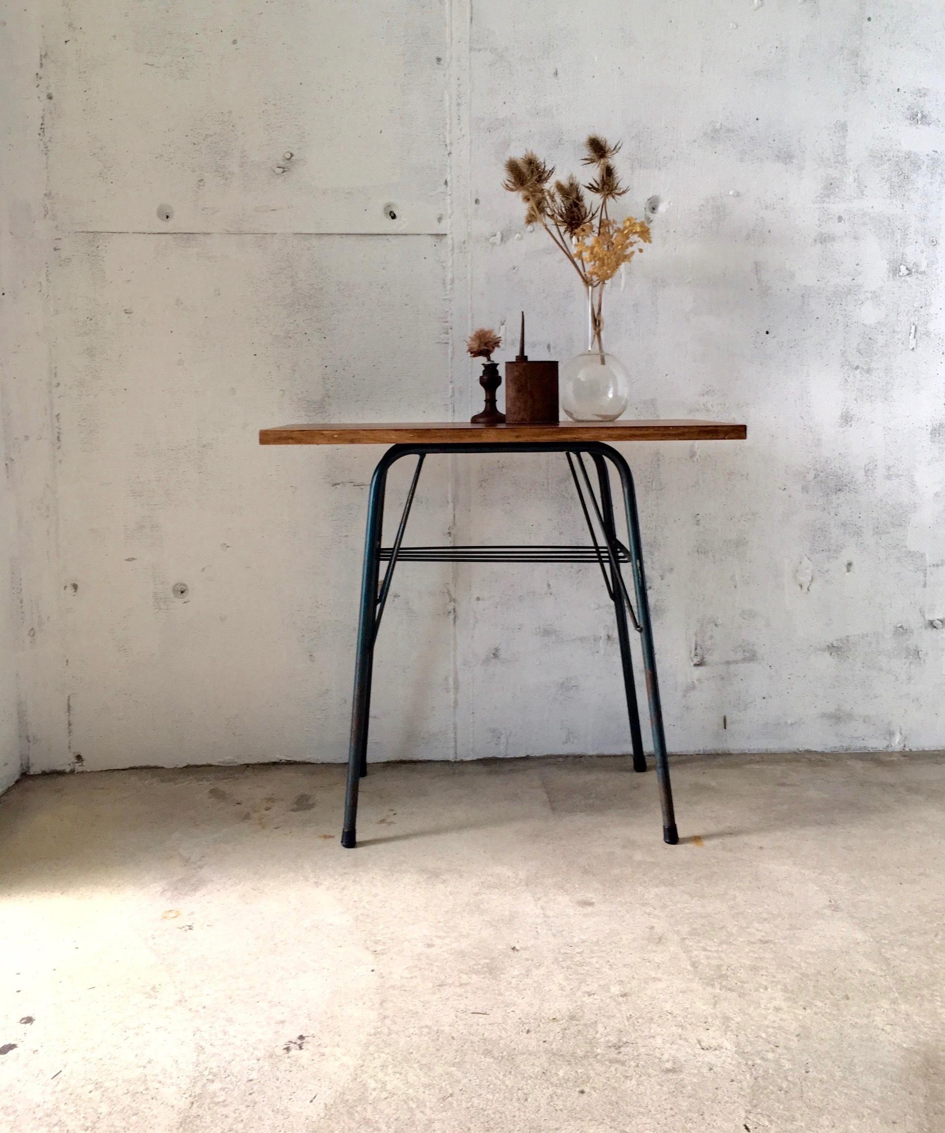 木味×サビ脚のサイドテーブル[オリジナルリメイク]