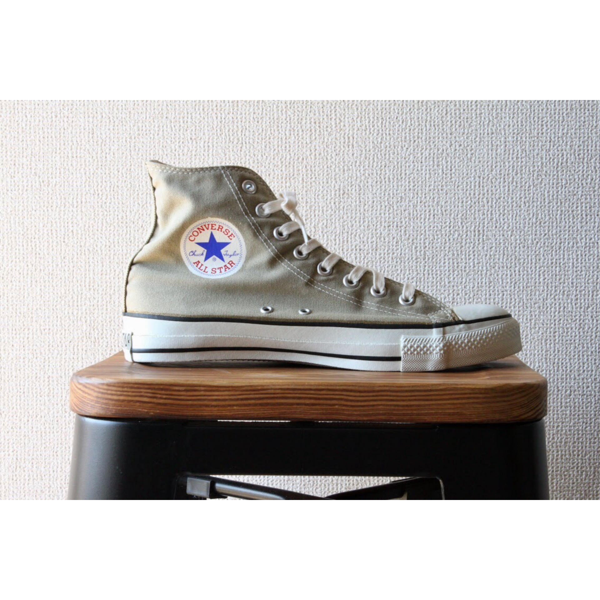 90s Converse Made in U.S.A. Size 8 1/2