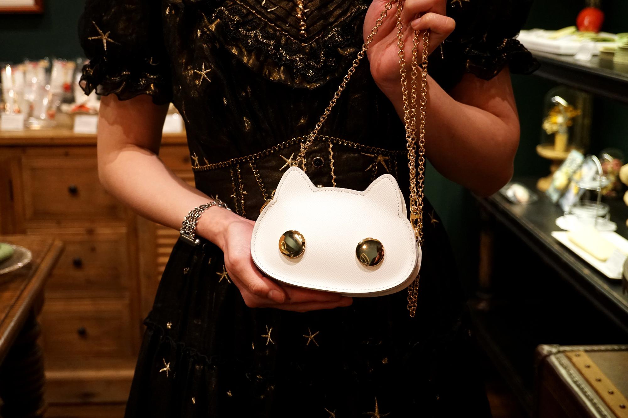 猫連合マイクロバッグ|白猫(牛革製)