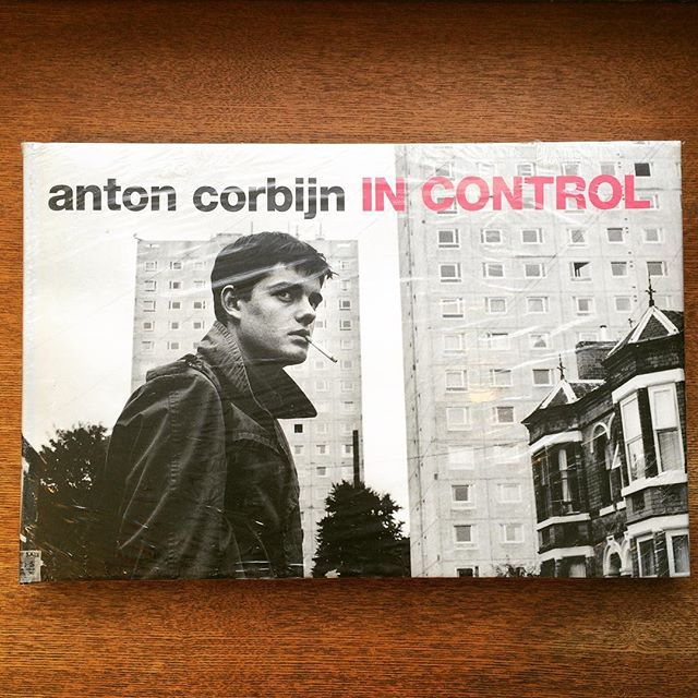 写真集「In Control/Anton Corbijn」 - 画像1
