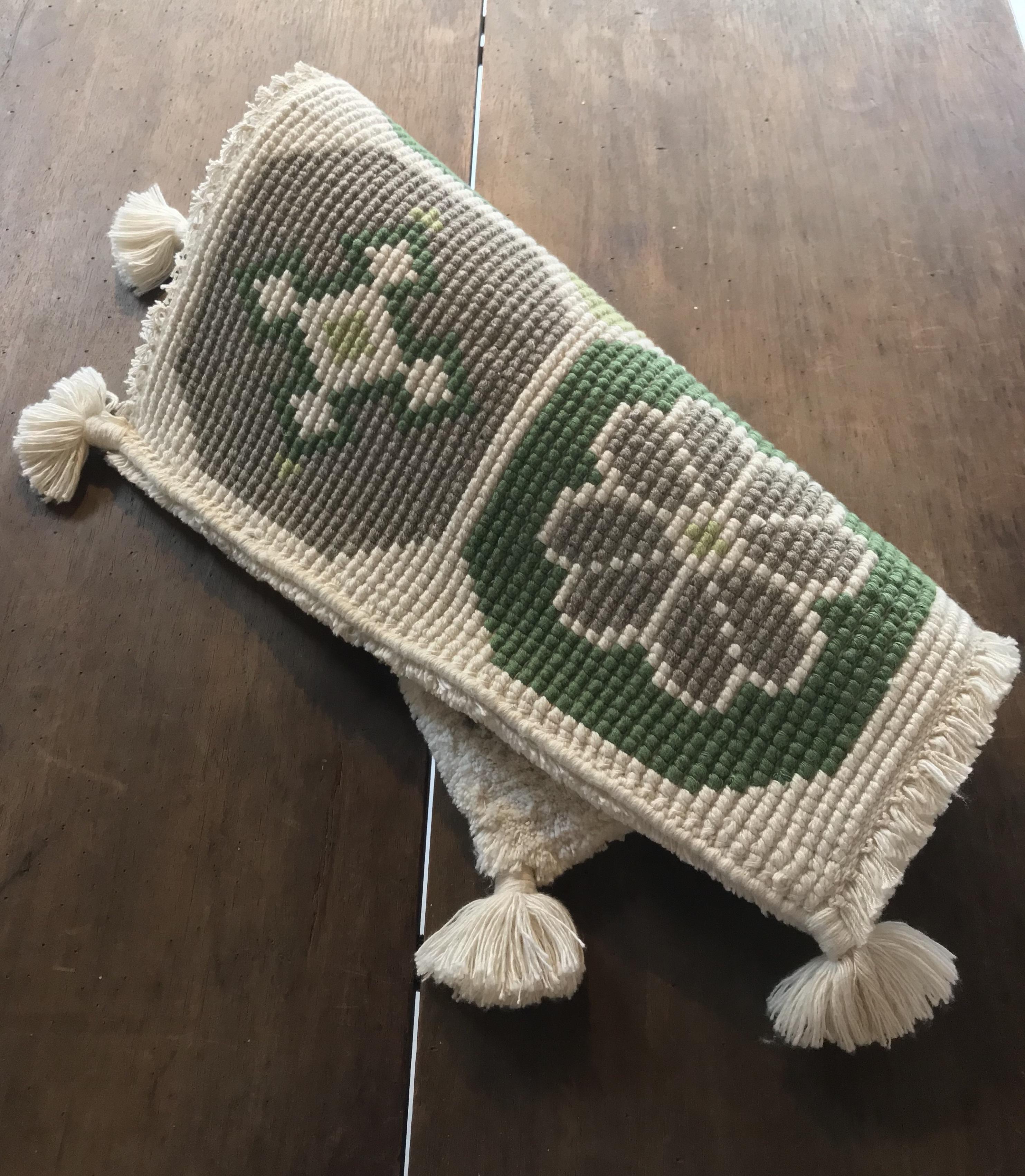 菊十字(緑、茶、生成り/中菱無地)