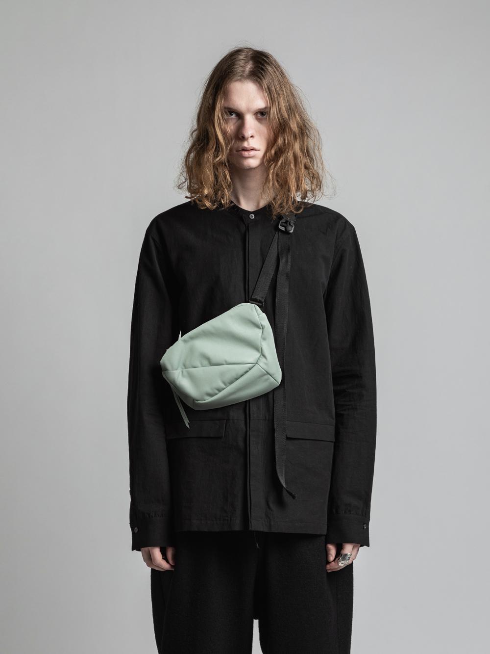 VI-3292-09 / 直営店別注カラー 中綿ラムレザーミニショルダーバッグ