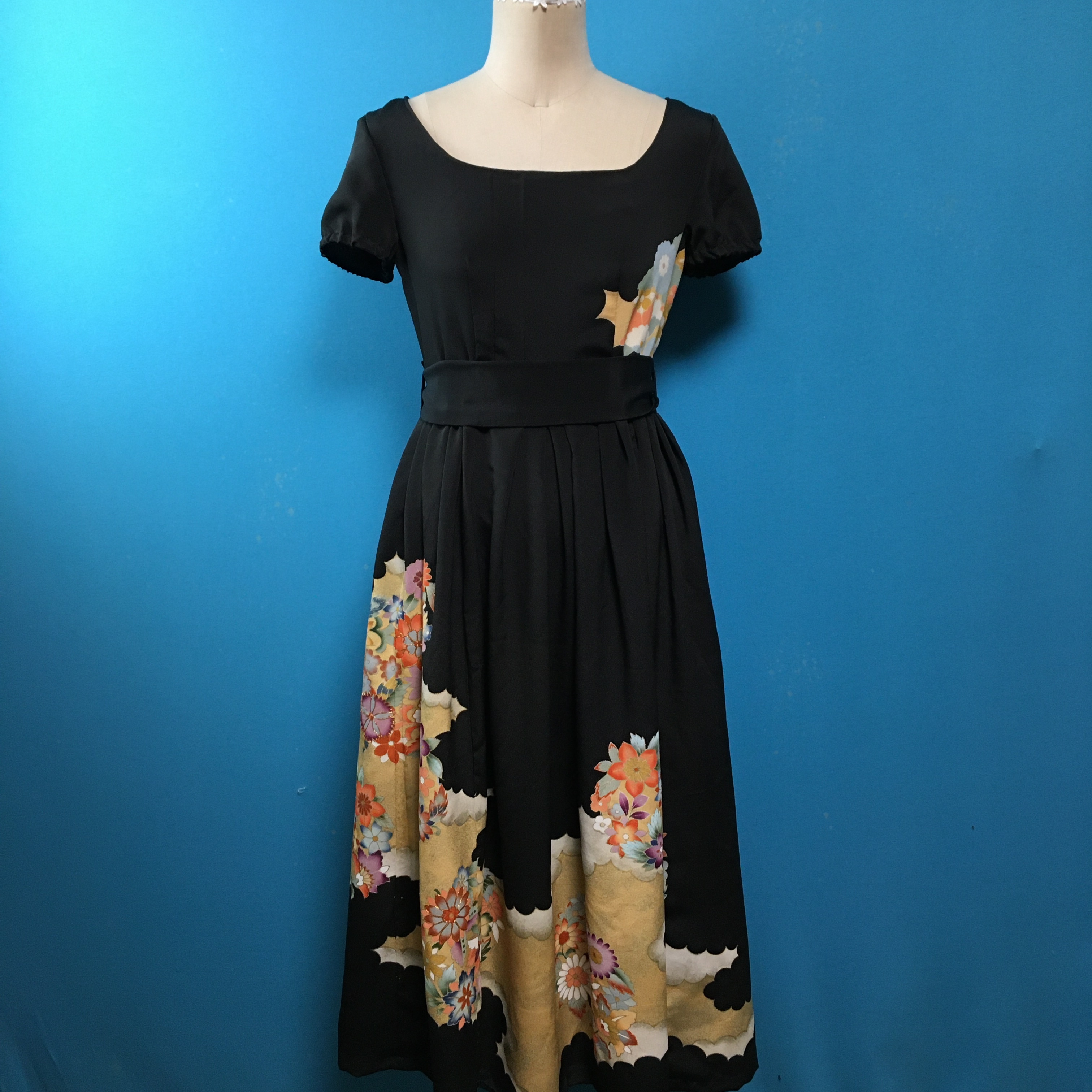Vintage 留袖 作家落款入りレトロワンピース