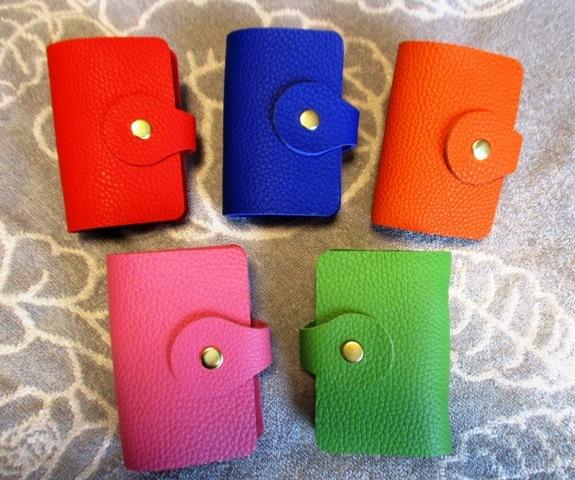 【選べる5色】とっても上質なカードホルダー(20ポケット)トリヨン