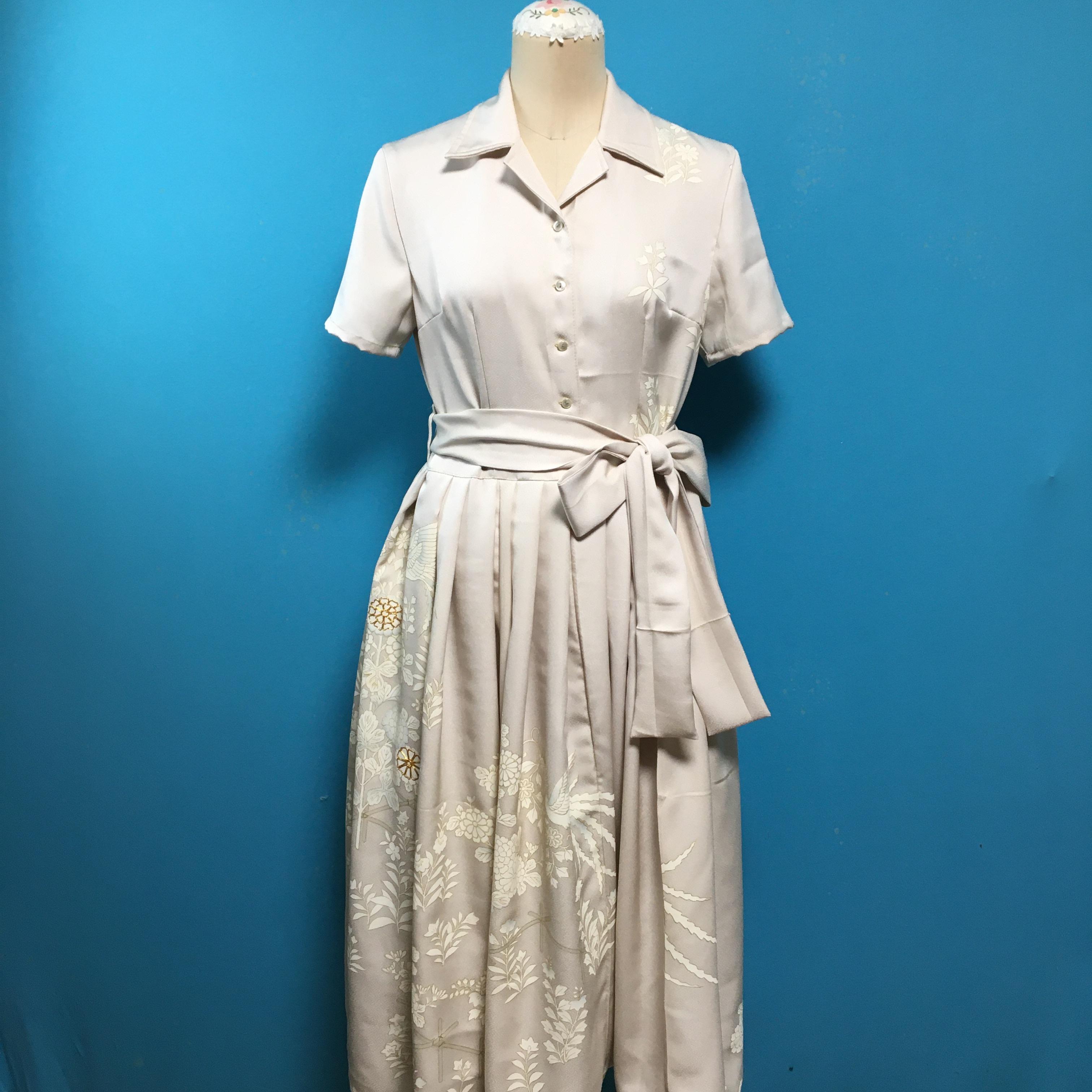 Vintage シルバーグレイの色留袖