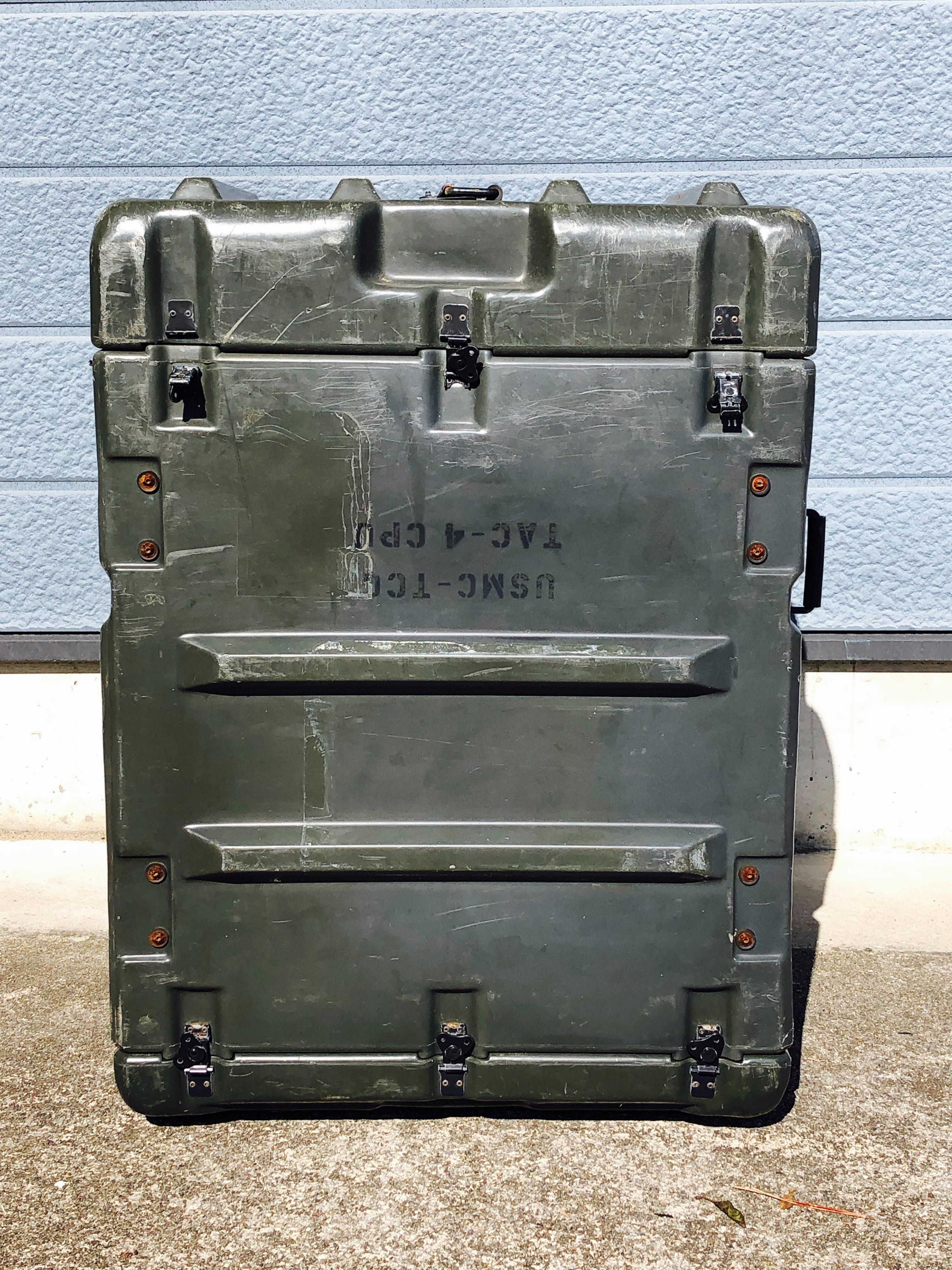 品番1304 軍箱 米軍 強化プラスチックボックス コンテナ ケース 箱 ヴィンテージ