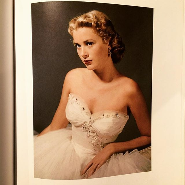 写真集「Grace Kelly: Film Stills: From Her Hollywood Films, 1951-1956」 - 画像3
