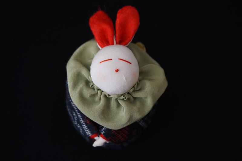 着物、和服の古布人形「着物を着たうさぎ」小 - 画像1