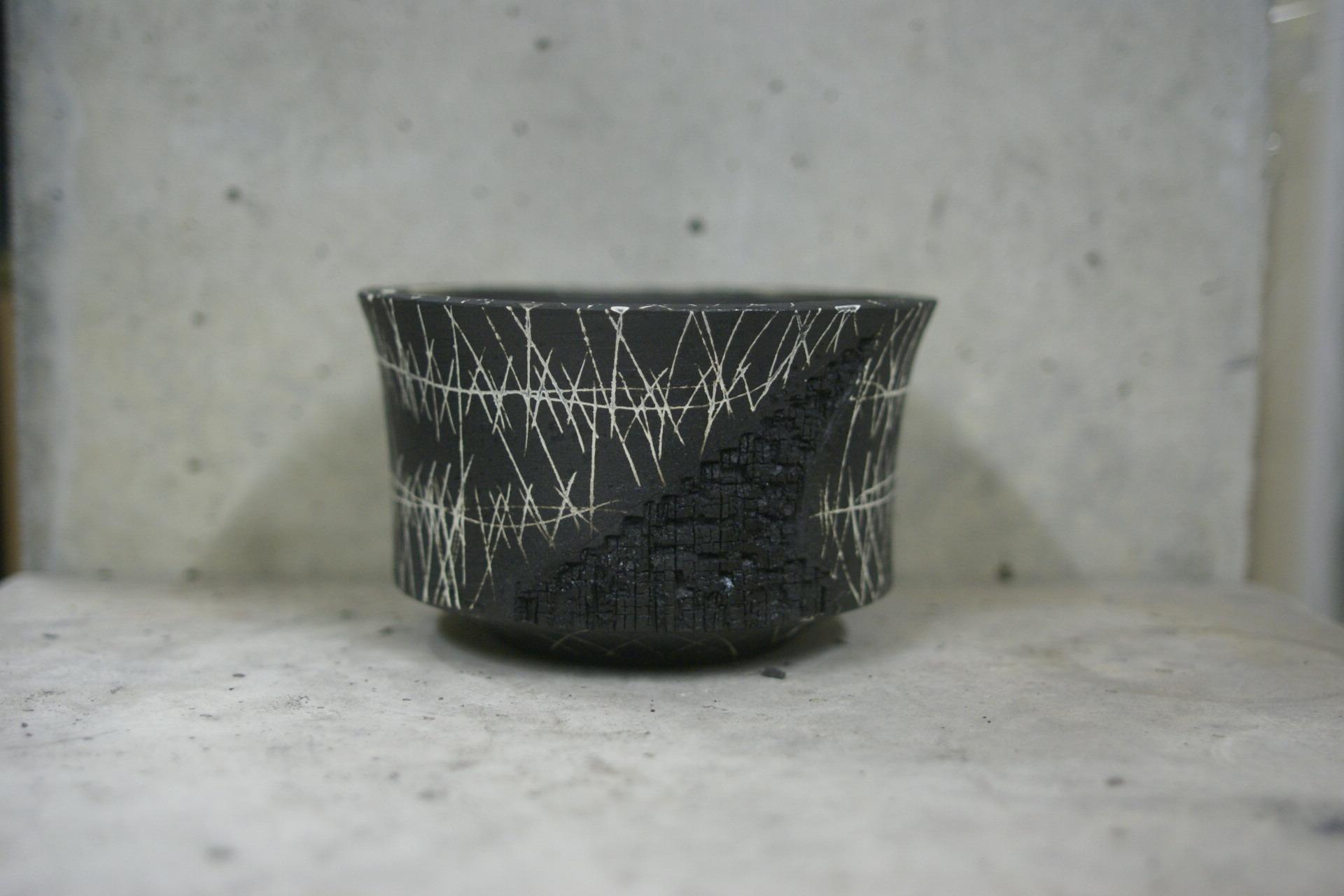 KAMAKAZE BLACK 01