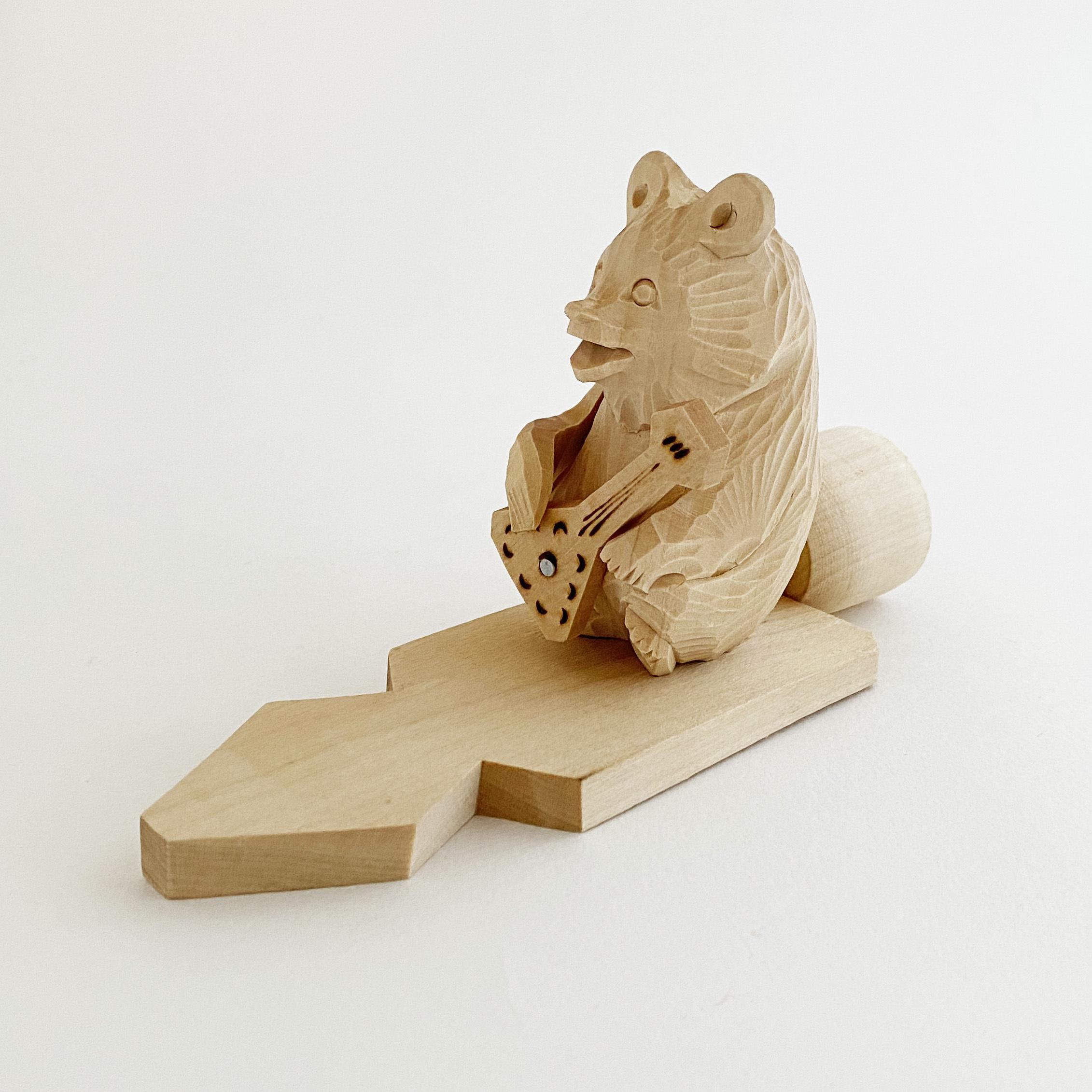 ボゴロツコエ木地玩具「クマのバラライカ弾き」