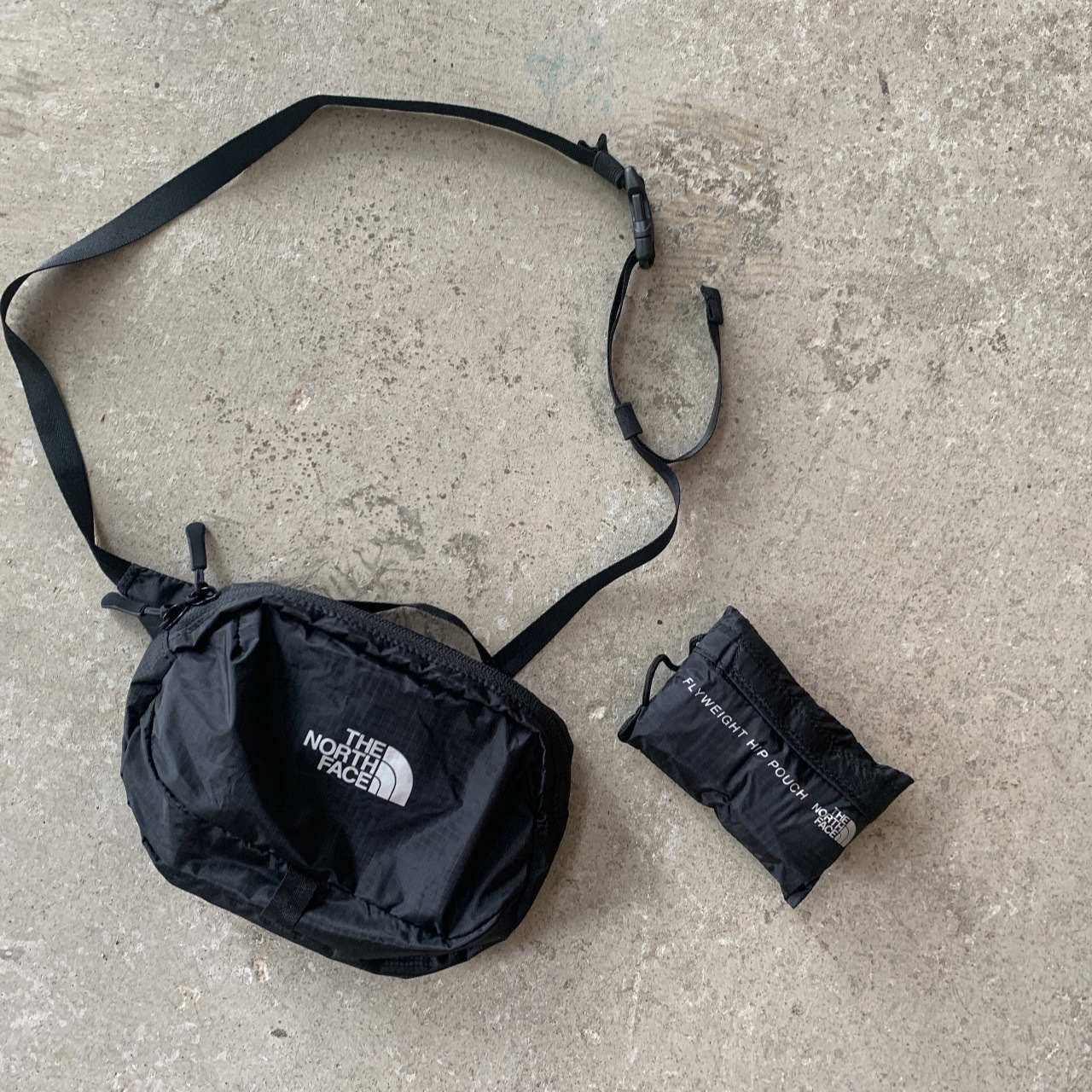 THE NORTH FACE - Flyweight Hip Pouch