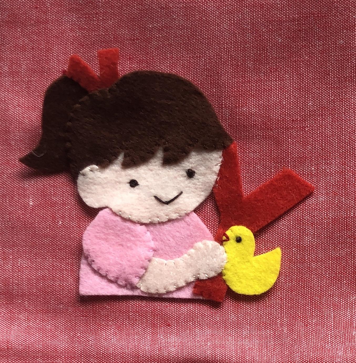 (カスタマイズ可)アルファベットと小鳥と女の子◆ランチベルト にも取り付けできます◆