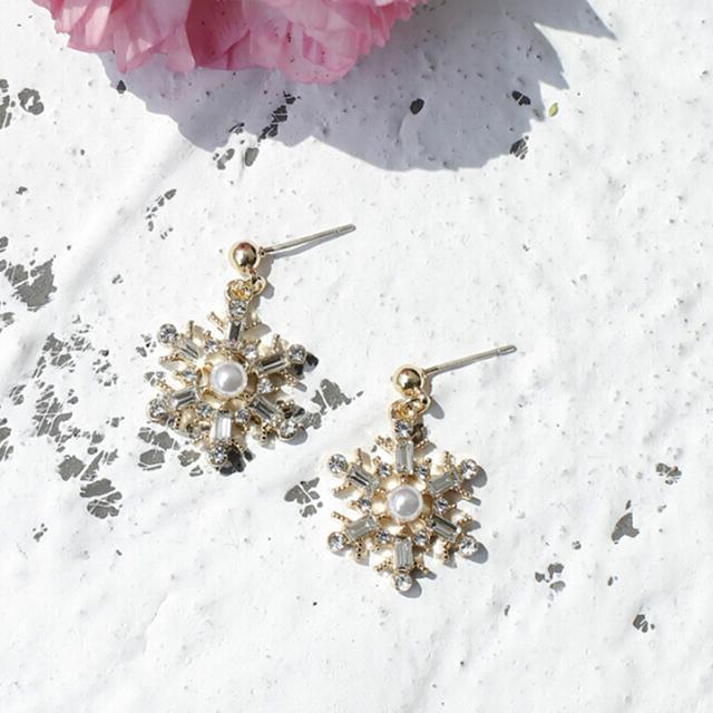 雪の結晶 ピアス/イヤリング