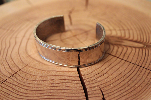 Designers Jewelry buff ラインバングル