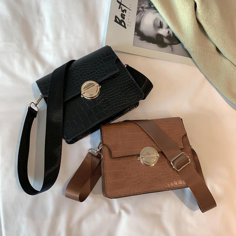 【送料無料】 上品バッグ♡ クロコダイル調 PU ミニサイズ ショルダーバッグ 鞄 レトロ スクエア型