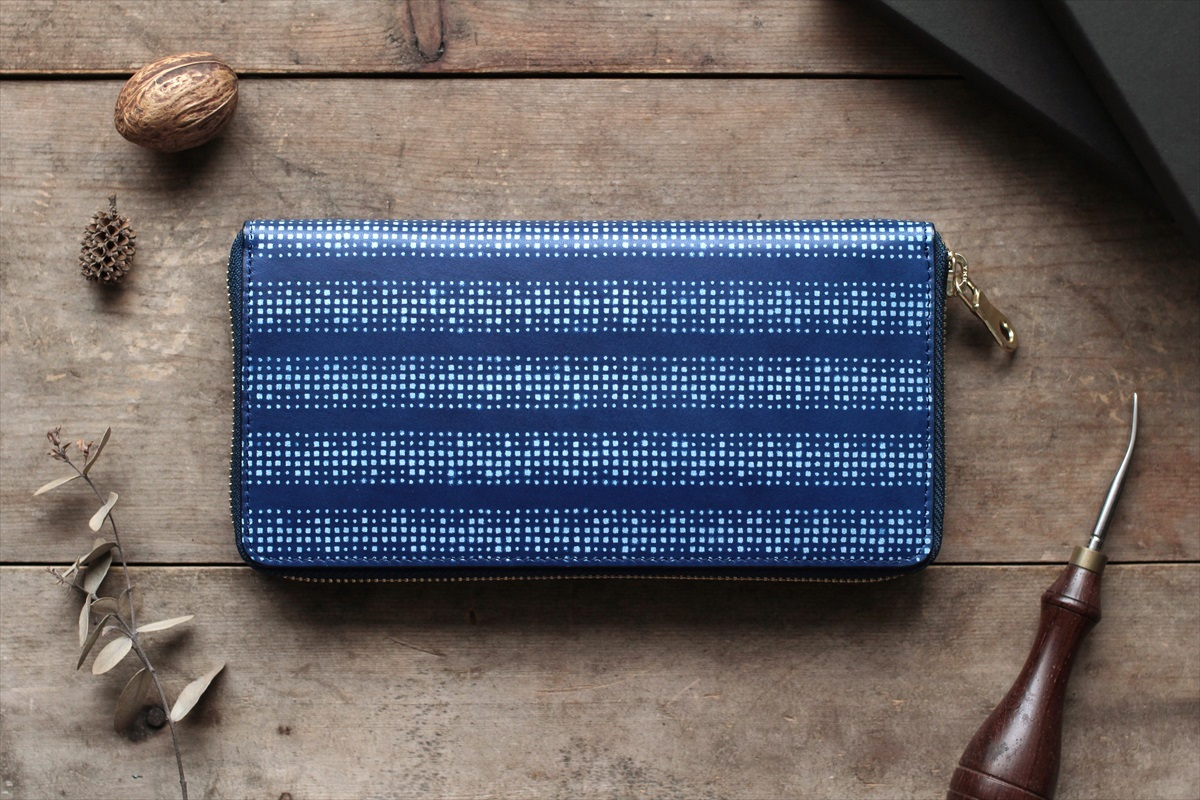 藍染革【江戸小紋・円角(enkaku)】 全藍 ラウンドファスナー長財布