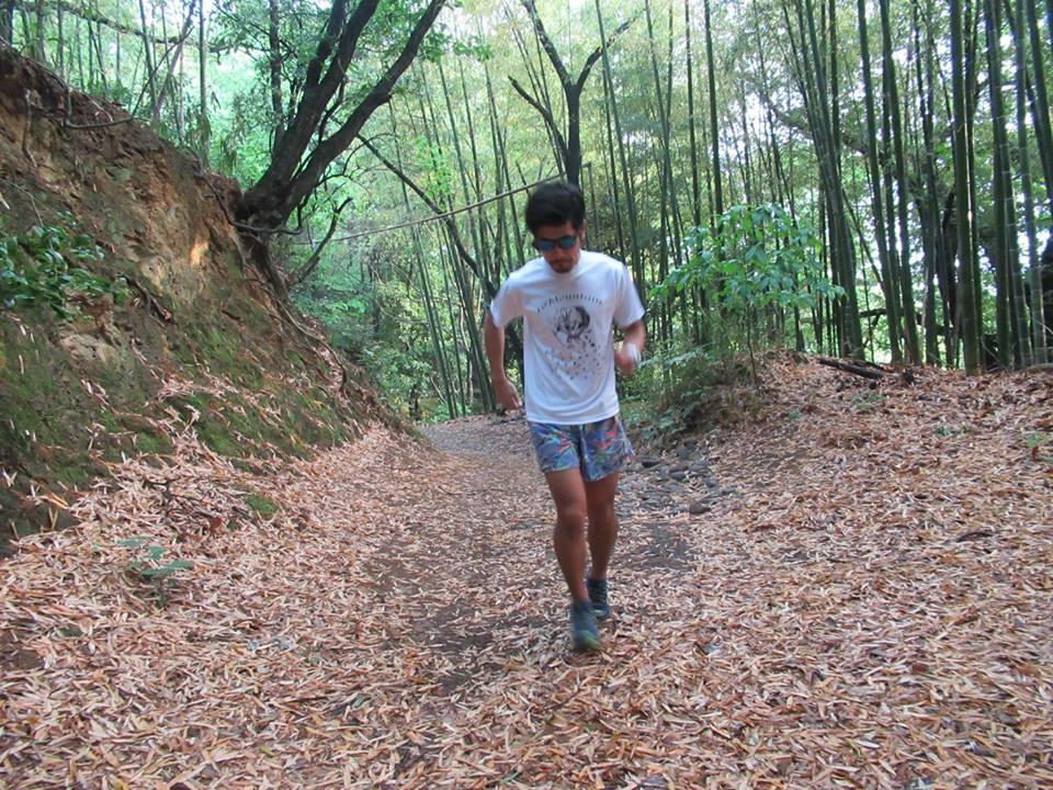I'm a long trail runner Indian Rhino / On T-shirts