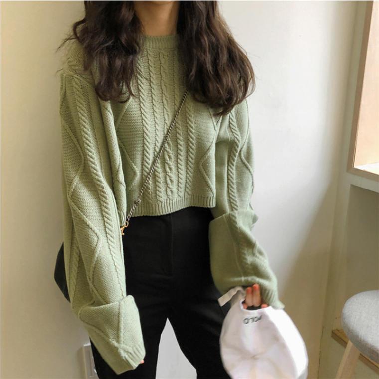 【送料無料 】ショート丈でおしゃれ ♡ 大人可愛い カジュアル ケーブル編み ニット セーター トップス