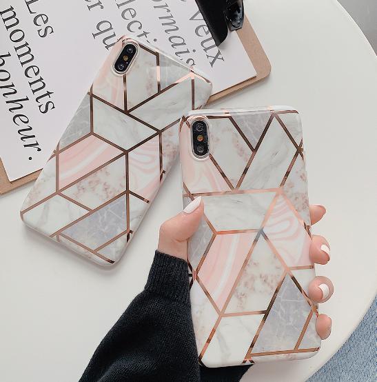 【お取り寄せ商品、送料無料】幾何学模様 iPhoneケース