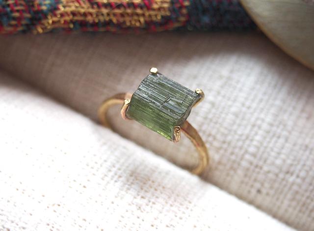 [一点物]原石のグリーントルマリンのリング