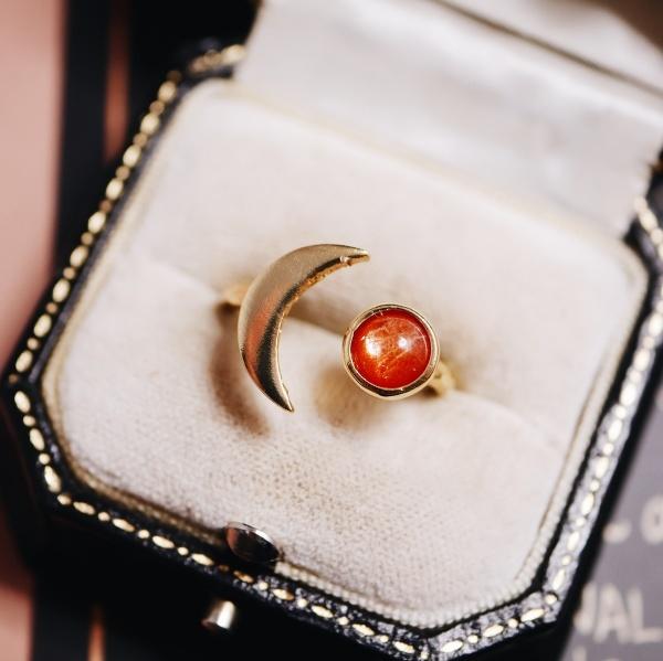 サンストーン 月と星の指輪